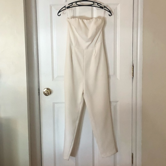 Express Dresses & Skirts - White jumpsuit with pockets
